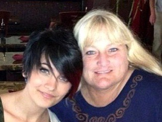 debbie-rowe-reportedly-won-t-fight-katherine-jackson-over-paris-jackson-custody