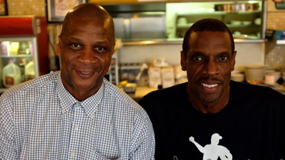 """Darryl Strawberry (L) and Dwight Gooden in ESPN's """"30 for 30"""" documentary """"Doc & Darryl"""""""