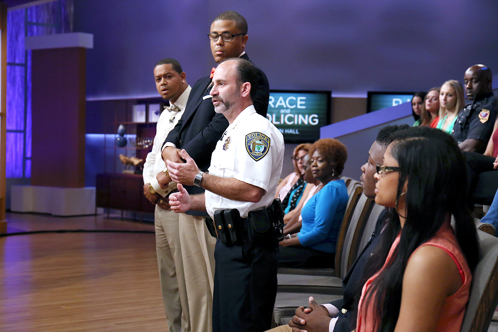 (L-R_ Alphonza Mabry, Steven Jumper and Police Chief Pete Goldman of the Oakwood Hills Police Department in Illinois