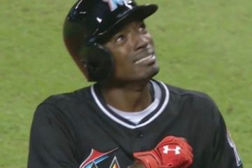 miami-marlins-dee-gordon-vadapt-980-high-42