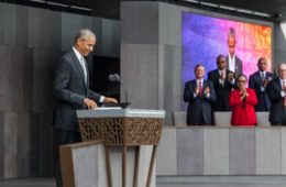 obama-at-african-american-museum1aa