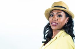 sheryl-lee-ralph-yellow