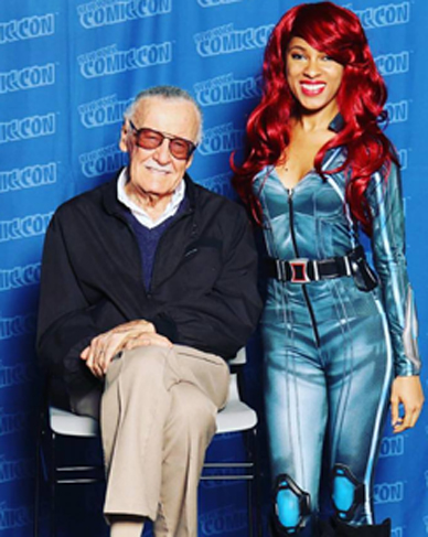 """Beautiful and talented YA author took time away from editing the trailer for book """"Phoenix Rising - Destiny Calls"""" to greet Father of Comics Marvels Stan Lee. This was her first Comic Con visit and Lee's last ."""