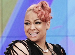 raven-symone-the-view-co-host-june-2015-billboard-650