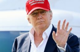 donald-trump-red-hat