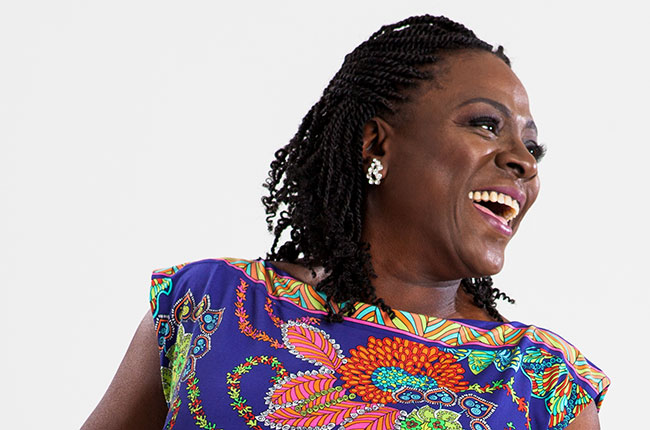 Soul singer Sharon Jones loses battle to pancreatic cancer