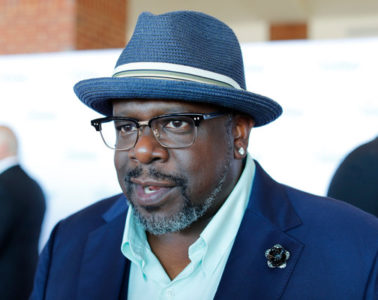 """Cedric the Entertainer walks the red carpet at the 2016 Starkey Hearing Foundation """"So the World May Hear"""" awards gala at the St Paul RiverCentre on July 17, 2016 in St Paul, Minnesota."""