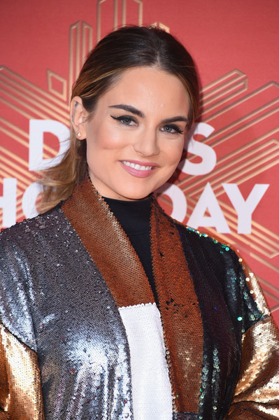 JoJo attends the 2016 VH1's Divas Holiday: Unsilent Night at Kings Theatre on December 2, 2016 in New York City.