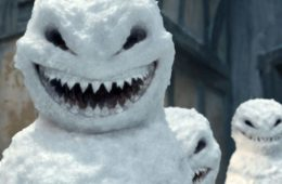wtf-10-scary-snowman-holiday-cards-you-wouldnt-want-3