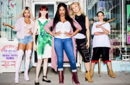"Niecy Nash and the cast of TNT's ""Claws"""