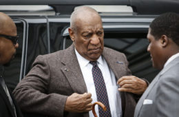 Comedian Bill Cosby arrives at the Montgomery County courthouse for pre-trial hearings in the sexual assault case against him in Norristown, Pennsylvania, on February 3, 2016. / AFP / KENA BETANCUR (Photo credit should read KENA BETANCUR/AFP/Getty Images)