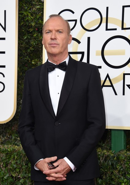 Michael Keaton arrives at the 74th annual Golden Globe Awards, January 8, 2017, at the Beverly Hilton Hotel in Beverly Hills, California. / AFP / VALERIE MACON