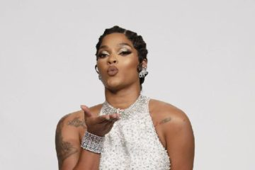 joseline-blowing kiss - the real