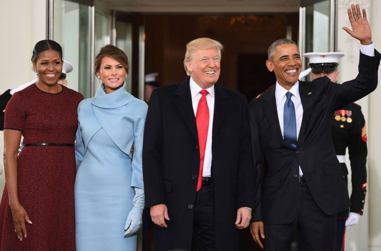 US President Barack Obama(R) and First Lady Michelle Obama(L) welcome Preisdent-elect Donald Trump(2nd-R) and his wife Melania to the White House in Washington, DC January 20, 2017. / AFP / JIM WATSON (Photo credit should read JIM WATSON/AFP/Getty Images)