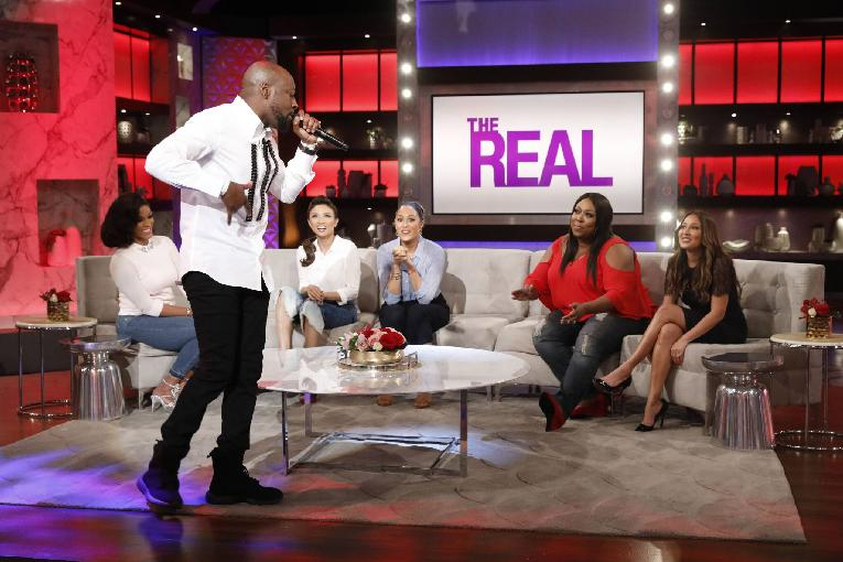 wyclef jean performs for the real ladies