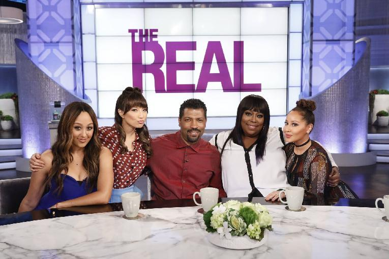 deon cole & the real ladies1