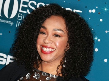 Shonda+Rhimes+Essence+Black+Women+Hollywood+YD4fu-Xv3D8l