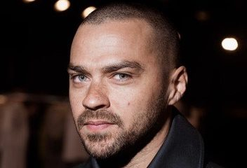Jesse+Williams+Kenzo+Front+Row+Paris+Fashion+OE-0bcIzVk-l