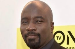 Mike+Colter+48th+NAACP+Image+Awards+Red+Carpet+UxfPMfL-LYul