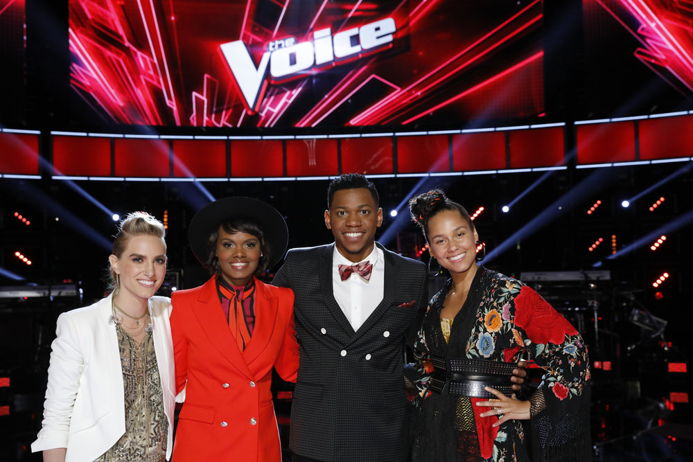 "THE VOICE -- ""Live Playoffs"" Episode: 1214A -- Pictured: (l-r) Stephanie Rice, Vanessa Ferguson, Chris Blue, Alicia Keys -- (Photo by: Trae Patton/NBC)"