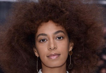 Solange+Knowles+Chloe+Front+Row+Paris+Fashion+Wsjx6gtAB8Ql 2