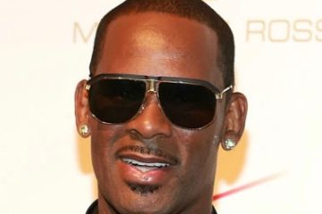 r-kelly-by-robin-marchant