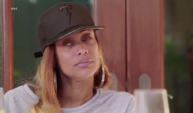 tami roman - cap - screenshot
