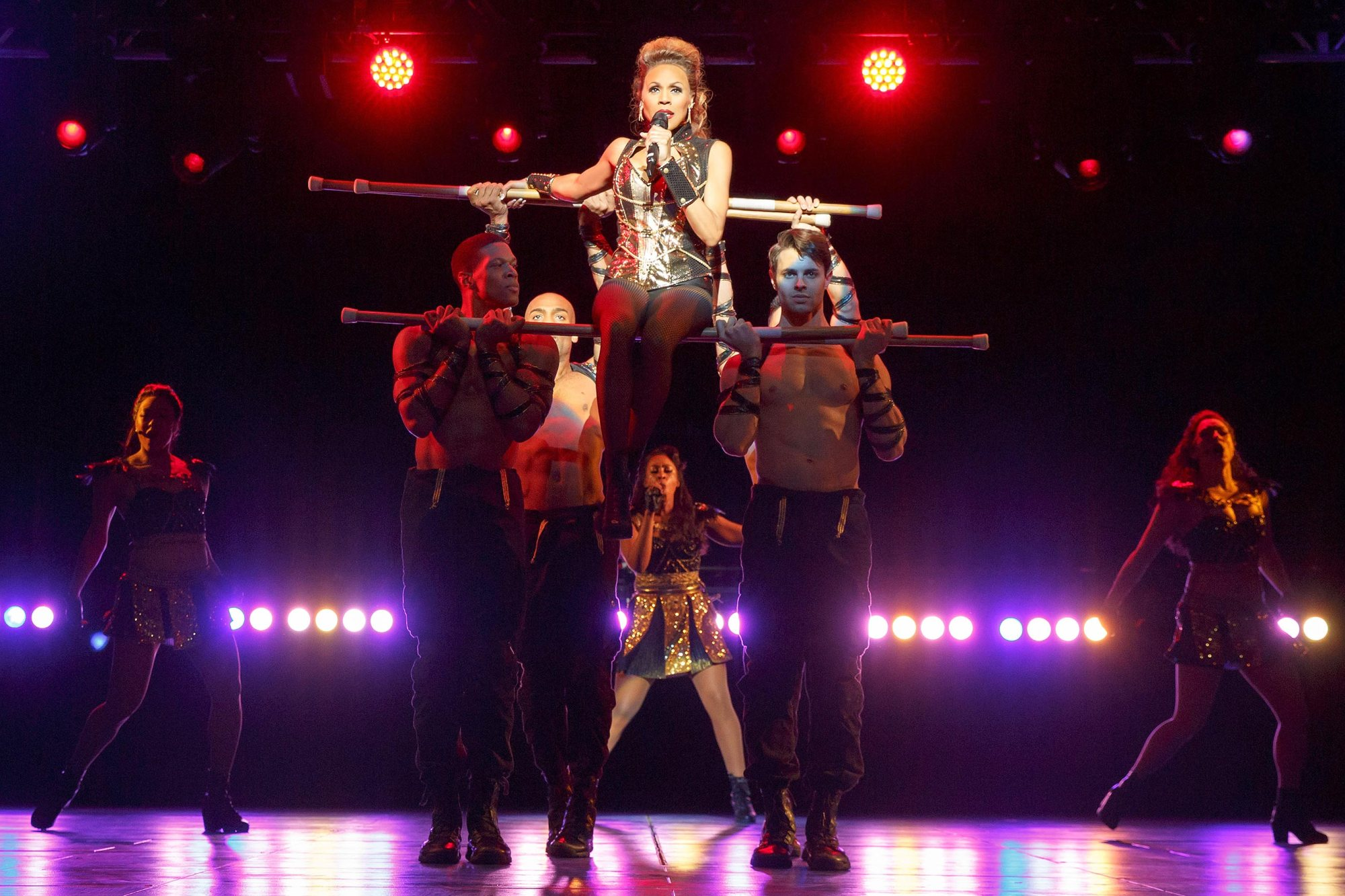 Deborah Cox stars in 'The Bodyguard' at The Pantages Theatre in Hollywood, CA. Photo credit: Joan Marcus