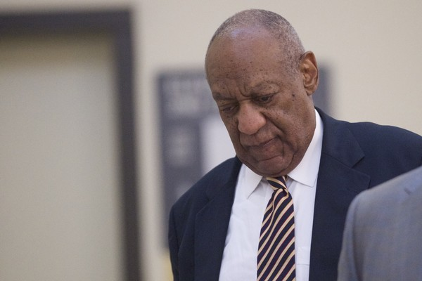 Bill Cosby walks through the Montgomery County Courthouse on the third day of jury deliberations in his sexual assault trial on June 14, 2017 in Norristown, Pennsylvania.