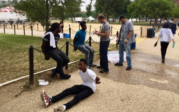 Black teens detained on National Mall for selling water (Twitter - Tim Krepp)