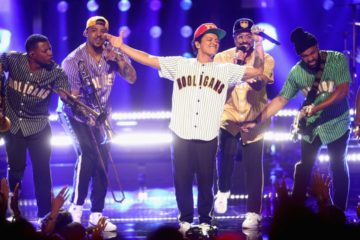 bruno mars & band - 2017 bet awards