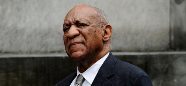 FILE PHOTO - Actor and comedian Bill Cosby departs after a judge declared a mistrial in his sexual assault trial at the Montgomery County Courthouse in Norristown, Pennsylvania, U.S., June 17, 2017. REUTERS/Charles Mostoller/File Photo