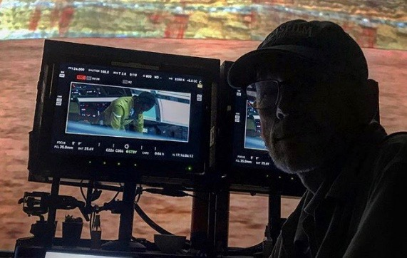Ron Howard shares candid Chewbacca shot from Han Solo film