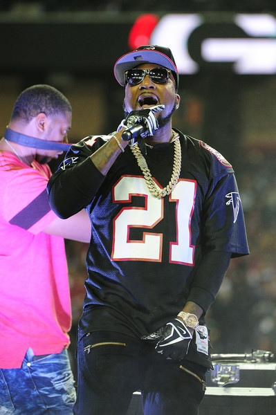 Young Jeezy performs at the halftime show in the NFC Championship Game between the Atlanta Falcons and the Green Bay Packers at the Georgia Dome on January 22, 2017 in Atlanta, Georgia.