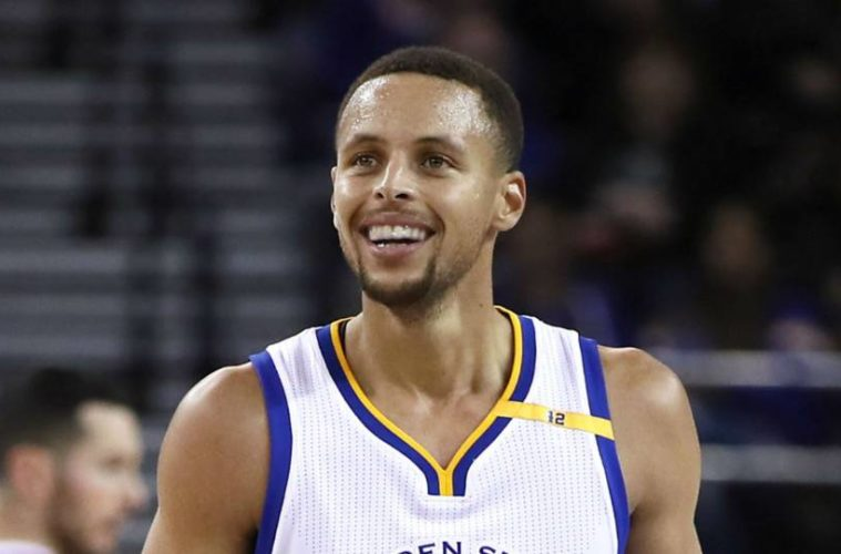 LeBron James Says Steph Curry's $200M Contract Should Be Much More