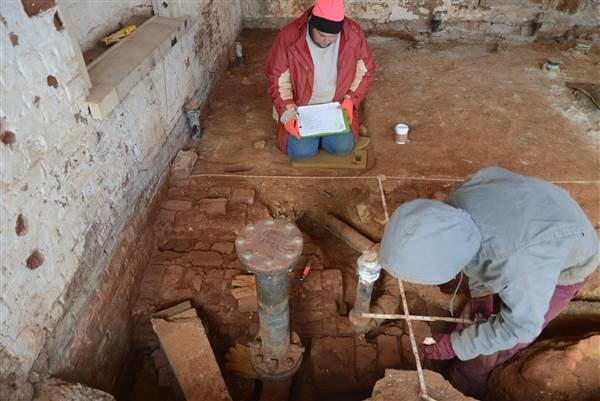 Archaeologists investigate Monticello's South Wing Thomas Jefferson Foundation at Monticello