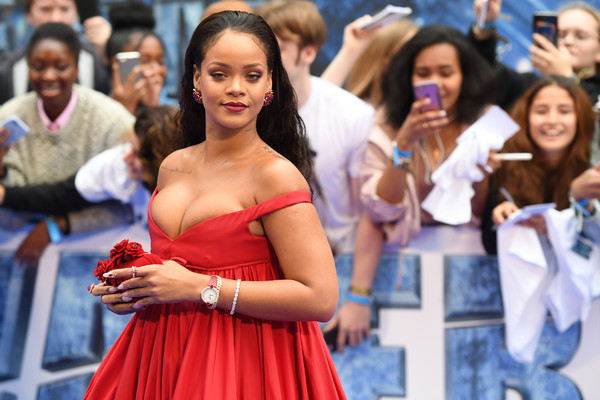 "Barbadian singer and actress Rihanna poses for a photograph upon arrival for the European premiere of ""Valerian and The City of a Thousand Planets"" in London on July 24, 2017. / AFP PHOTO / Chris J Ratcliffe"