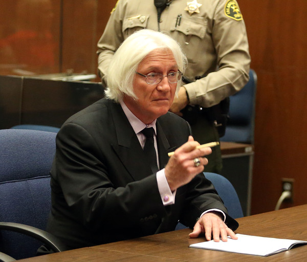 "Attorney Thomas Mesereau in Los Angeles court during a Pretrial Hearing for Marion ""Suge"" Knight, at the Clara Shortridge Foltz Criminal Justice Center on January 21, 2016 in Los Angeles, California."