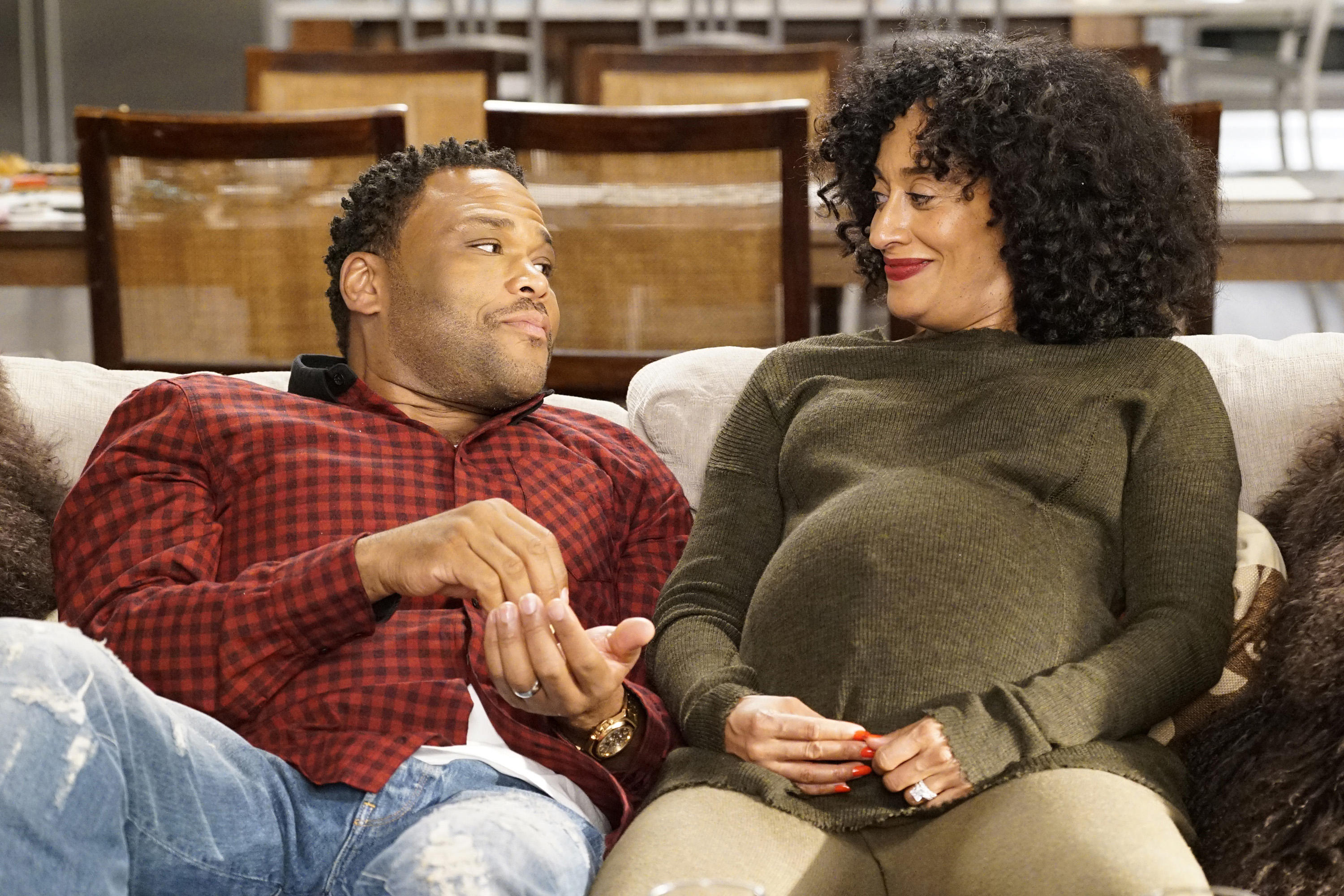"BLACK-ISH - ""Sister, Sister"" - Bow's sister comes to town after filming a stint on a reality show, and they couldn't have less in common. Meanwhile, Zoey suggests that Dre spend more time with Junior since she's leaving for college, and Jack and Diane decide to rebrand themselves, on ""black-ish,"" WEDNESDAY, APRIL 26 (9:00-9:30 p.m. EDT), on The ABC Television Network. (ABC/Kelsey McNeal)"