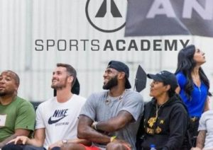 NBA Pros Go One-On-One with Top High School and College Players