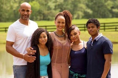 Photo L to R: TV One's Downsized stars Boris Kodjoe, Racquel Bianca John, Nicole Ari Parker, Alix Lapri and Isaiah John. Not pictured: Tia Hendricks.