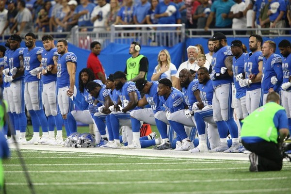Akeem Spence was one of eight Detroit Lions players who chose to kneel during the national