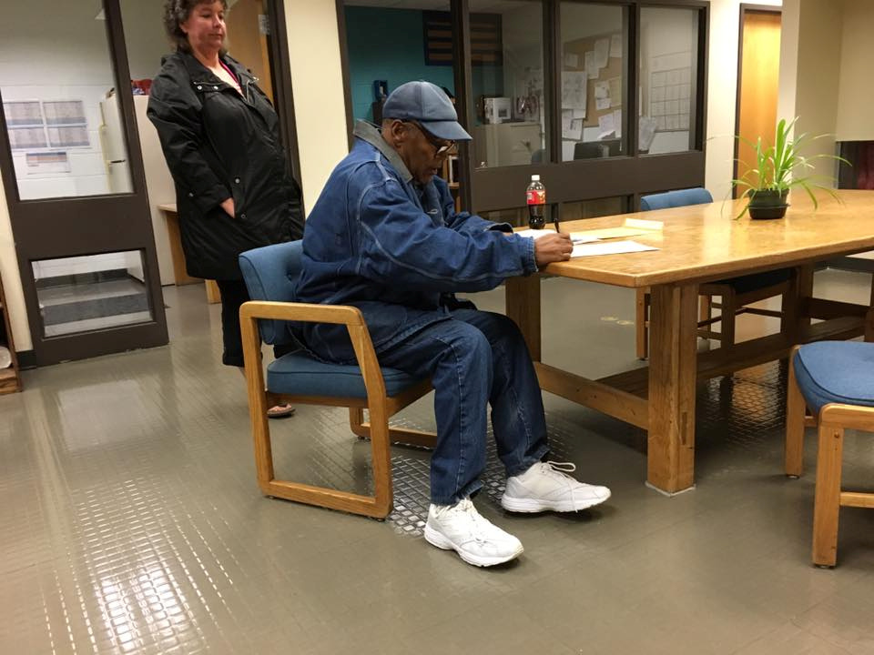O.J. Simpson signs documentation at Lovelock Correctional Center, Nevada, U.S. as he is released on parole, in this still picture released by Nevada Department of Corrections October 1, 2017.  Nevada Department of Corrections/Handout via REUTERS  ATTENTION EDITORS - THIS IMAGE HAS BEEN SUPPLIED BY A THIRD PARTY.      TPX IMAGES OF THE DAY - RC135E3744D0