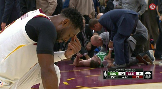dwyane wade - gorgon hayward accident