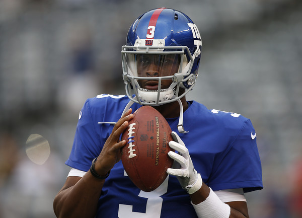 Geno Smith #3 of the New York Giants warms up before an NFL preseason game against the Pittsburgh Steelers at MetLife Stadium on August 11, 2017 in East Rutherford, New Jersey.