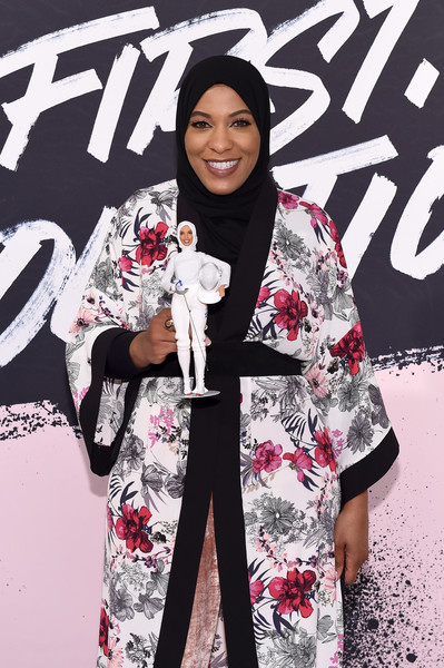 US Olympic Medalist Ibtihaj Muhammad poses with the Ibtihaj Muhammad Barbie during Glamour Celebrates 2017 Women Of The Year Live Summit at Brooklyn Museum on November 13, 2017 in New York City.