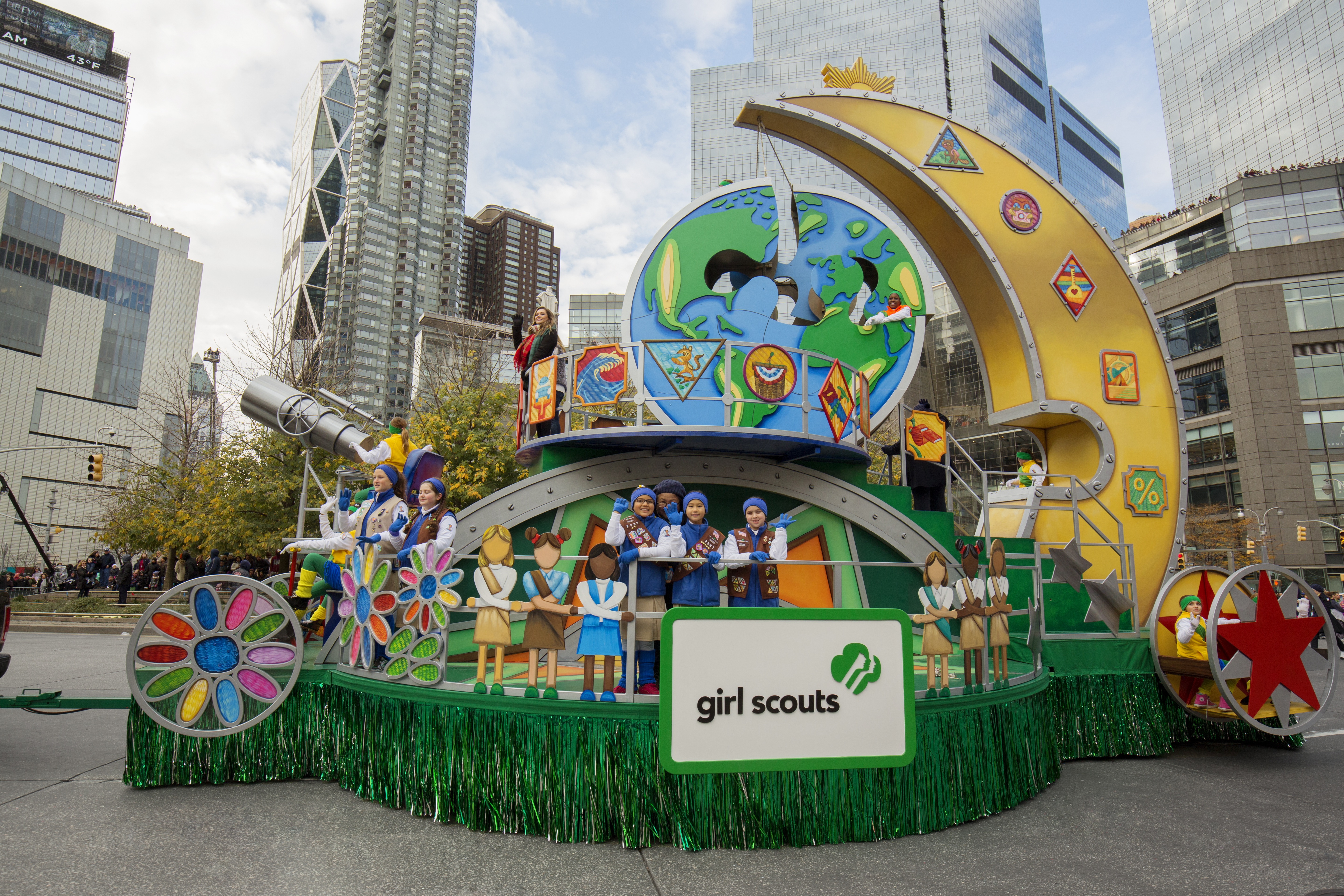 The 2016 Girl Scout Float