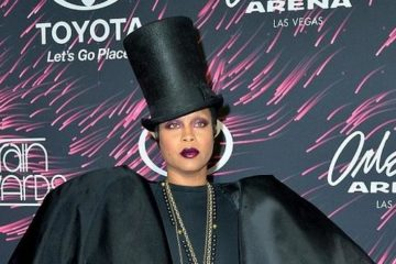 erykah badu (2017 soul train awards)