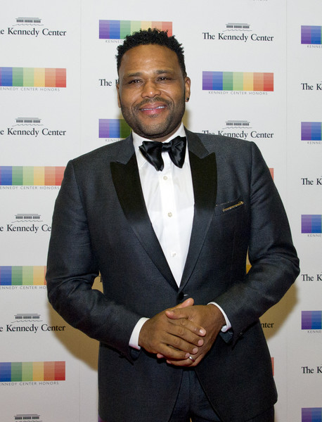 Actor Anthony Anderson arrives for the formal Artist's Dinner hosted by United States Secretary of State Rex Tillerson in their honor at the US Department of State on December 2, 2017 in Washington, D.C.