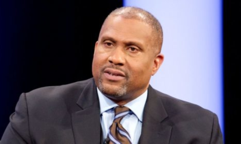 PBS Suspends Tavis Smiley Following 'Troubling' Sexual Misconduct Allegations